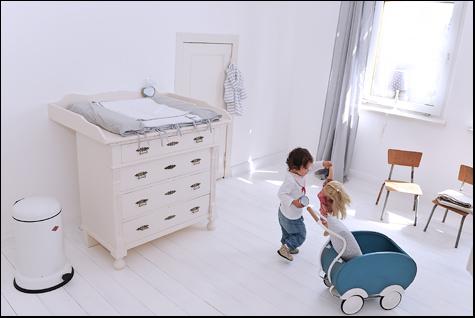 Willkommen im Babyzimmer-Kinderzimmer- Wickelkommoden-Antik und ...