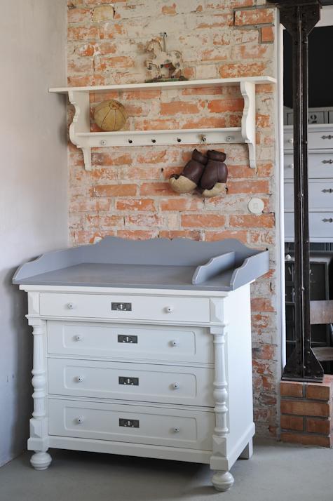 Willkommen Im Babyzimmer Kinderzimmer Wickelkommoden Antik Und
